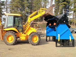 Side view of the Desite SLG-108VFRB Topsoil Screener
