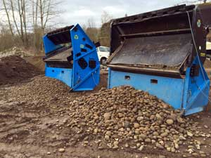 Topsoil Screeners - OMH Proscreen